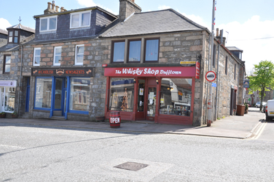 dufftown-whisky-shop-webb